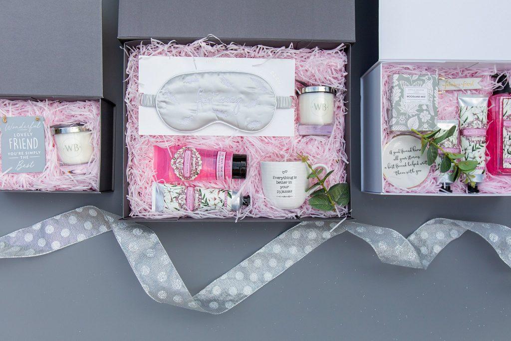 Product photography, lifestyle photography, beauty photography, gift box photography