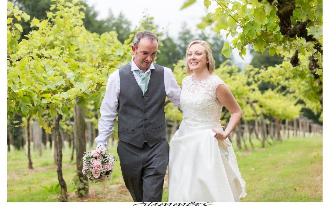 Old Luxter's Barn Henley Oxfordshire Wedding Photographer : Marie and Paul